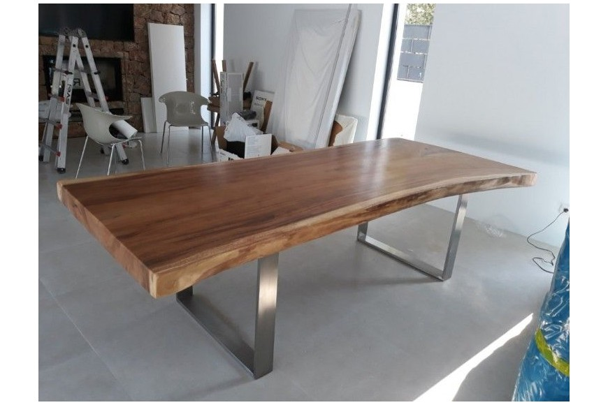 Resizing of a Suar wood dining table